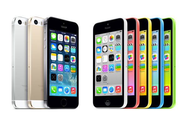 Apple, iPhone 5S ve iPhone 5C'yi tanıttı